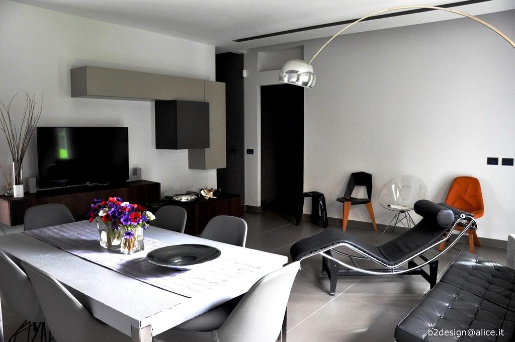 Ristrutturazione completa soggiorno pietralata roma for Arredo bagno ostia